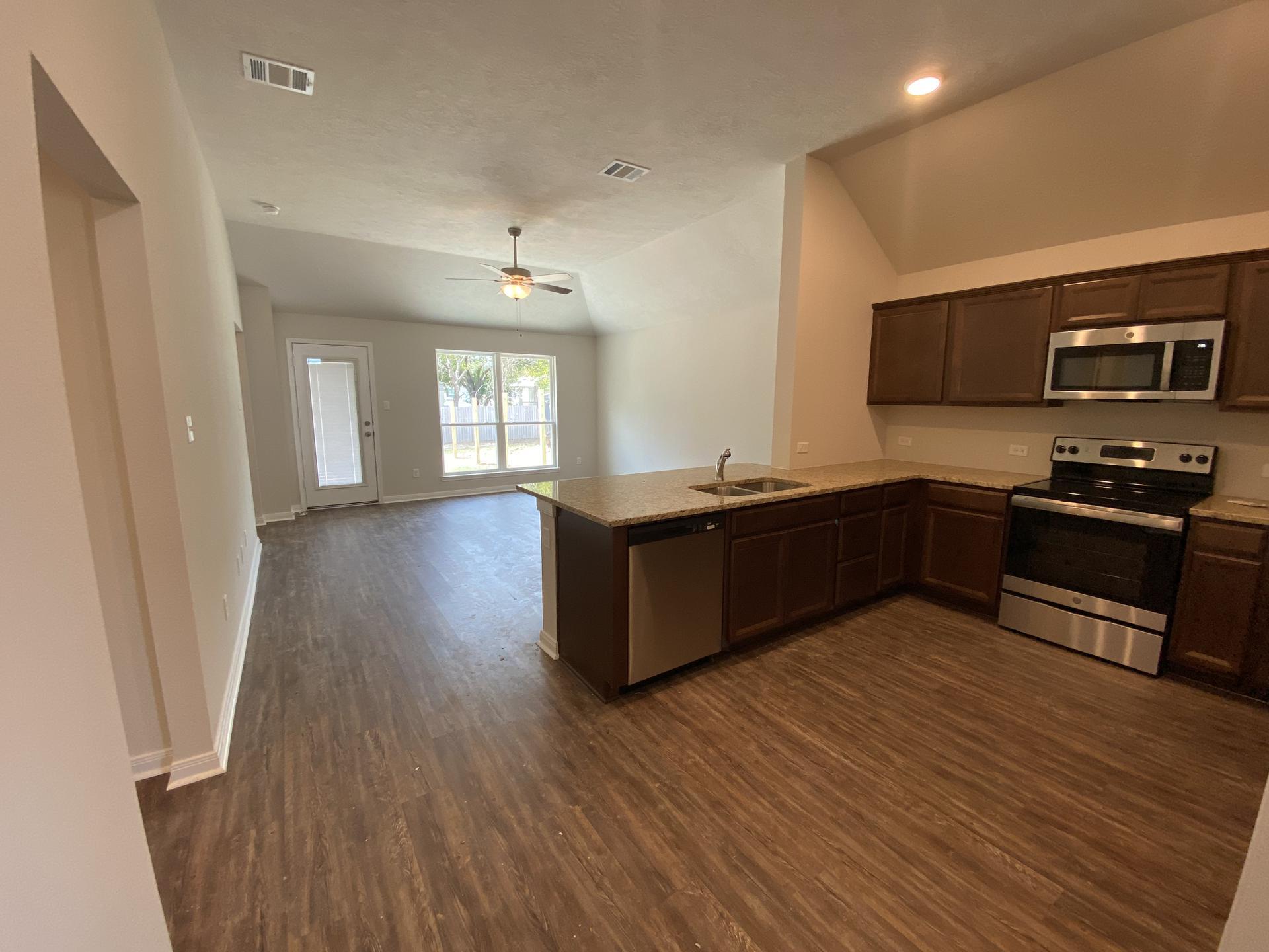 3713 McKenzie Street, Bryan, TX
